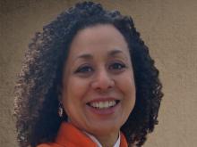 headshot of Zita Nunes, smiling